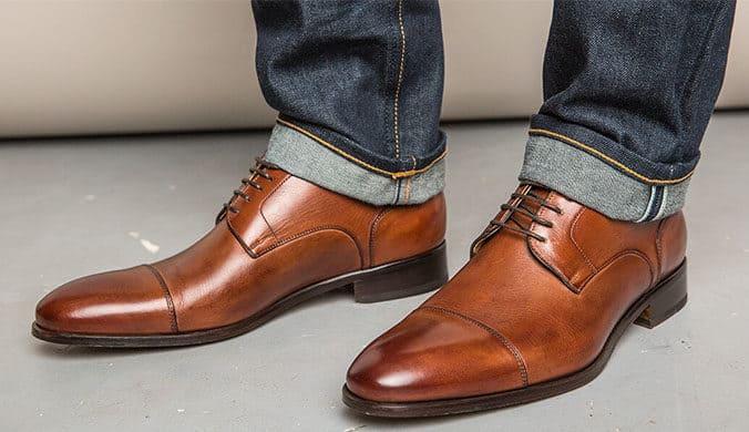 أشيك 5 احذية برباط للرجال من clarks مع كود خصم سيفي كوم