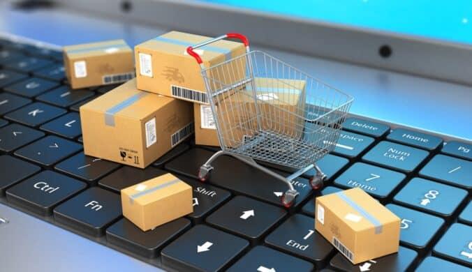 التسوق علي الانترنت